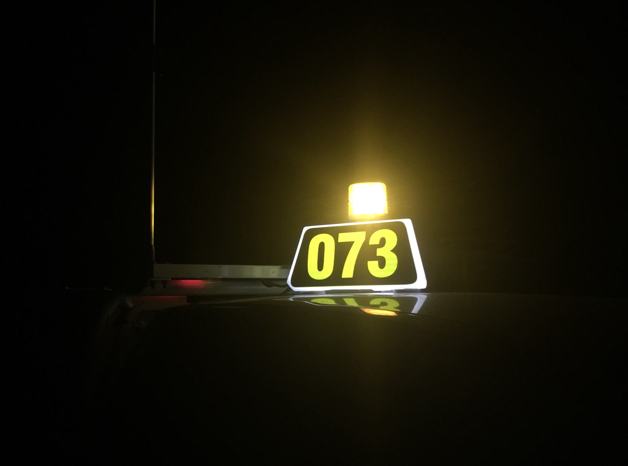 3 Sided Led Vehicle Identification Display All Glo